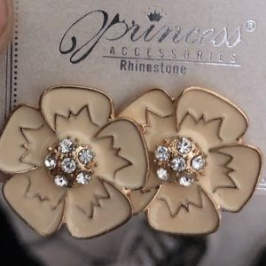 Princess Rhinestone Flower Power Earrings